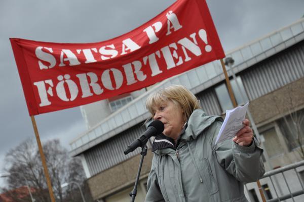 Protestmöte i Biskopsgården.