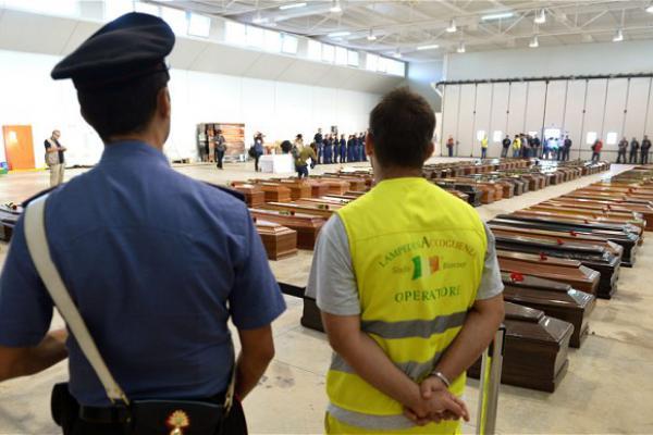Uppåt 300 döda i Lampedusa.