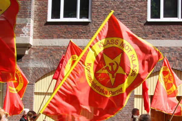Kommunistiska Partiets flagga.